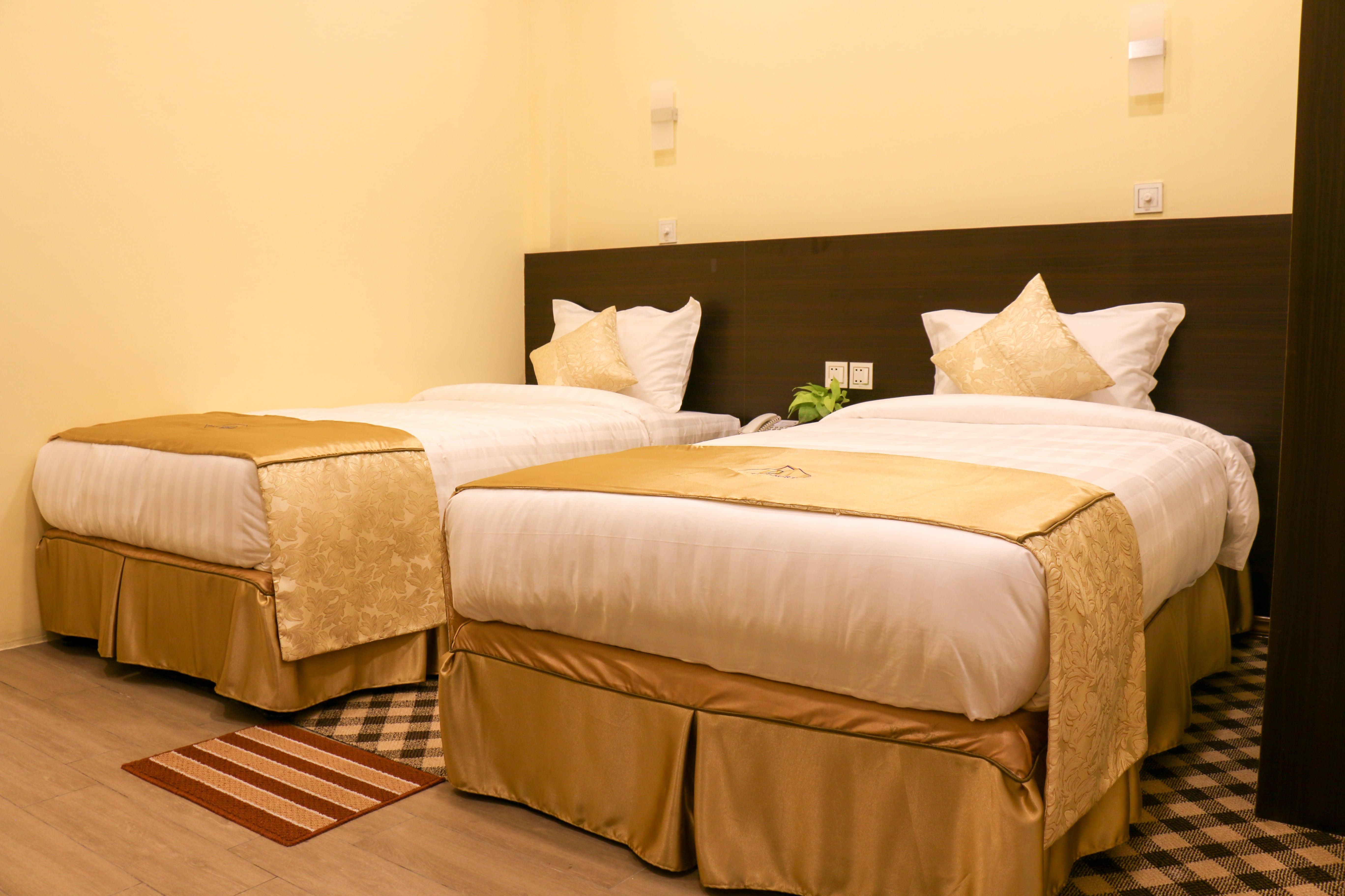 apex hotel room image